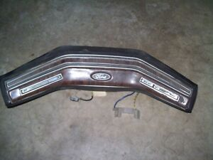 1986 Ford F150 F250 Wood Grain Steering Wheel Button Horn Pad Cruise Control