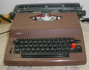 Vintage Sears Scholar 161 53970 Portable Electric Typewriter W Hard Case Brown