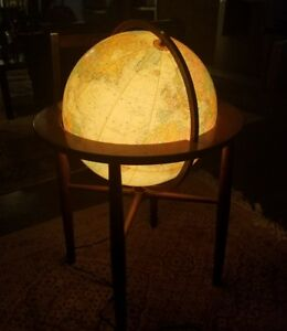 Striking Mid Century Style High End Replogle Illuminated Globe W Stand