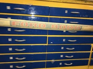 Ford 8000 Decal C7nn16n607a