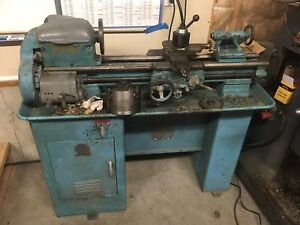 9in South Bend Lathe With 4 Jaw Chuck And Face Plate