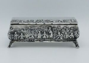 Victorian Sterling Silver Repousse Snuff Cigarette Box Thomas Hayes Birmingham
