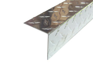 Aluminum Diamond Plate Angle 062 X 2 5 X 2 5 X 48 In 3003 Uaac 2pcs