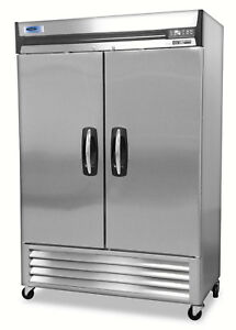 Norlake Nlr49 s Advantedge Commercial Two Door Reach in Refrigerator