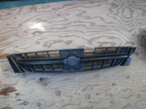 1997 1998 1999 Nissan Maxima Front Grille 62310 0l800