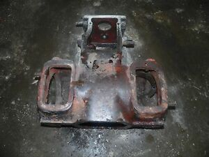 Allis Chalmers Wd Tractor Rear End Housing