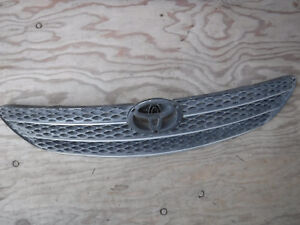 2002 2003 2004 Toyota Camry Front Grille 53101 33090