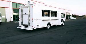 2009 Workhorse Food Truck Customed By Rolling Kitchens 22ft Brand New Kitchen