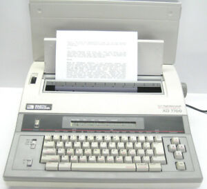 Smith Corona Xd7700 Word Processing Typewriter Works Great