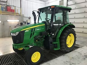 2016 John Deere 5100m 2 Wheel Drive Demo Unit