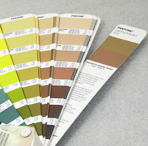 2015 Pantone Plus Formula Guide Uncoated With Color Checker 1 755 Colors