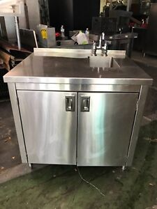 Stainless Steel Work Top Cabinet With Built in Sink
