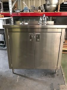 Stainless Steel Work Top Cabinet With Built in Sink Utensil Dipper Well