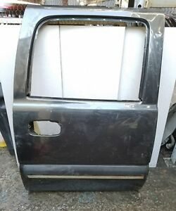 2001 2006 Chevy Silverado Or Suburban Gmc Sierra Right Rear Door