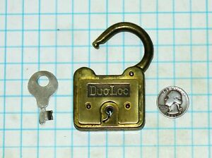 Vtg Antique Old Duo Loc Duoloc Brass Logo Plate Iron Lever Padlock Lock And Key