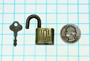 Vtg Antique Old Miniature Small All Brass Reese Lock Co Warded Padlock And Key