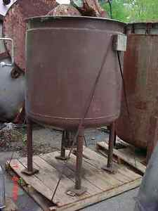 200 Gallon Stainless Steel Jacketed Tank With Sweep Agitator Perry Products