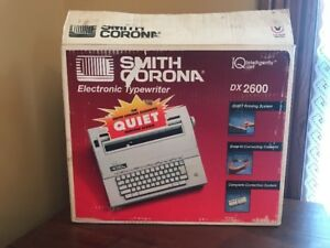 Smith Corona Dx 2600 Spell Right Memory Iq Typewriter Model 5a W Cover Tested