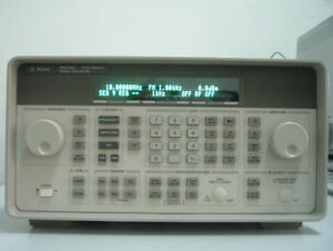 Hp agilent keysight 8648c Synthesized Rf Signal Generator 9 Khz To 3200 Mhz
