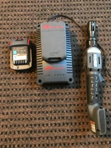 Ingersoll Rand R3130 3 8 inch Cordless Ratchet batteries N Charger