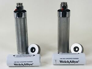 2 Welch Allyn Rechargeable Desk Charger Handle 2 Rechargeable Batteries 72200