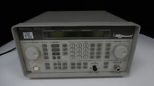 Hp Keysight 8648b Signal Generator W options 1e5 Uk6