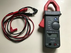 Fluke 32 Ac True Rms Clamp Meter Great Condition