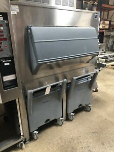 mint Follet 2000 Lb Ice Bin For Ice Machine W Portable Carts
