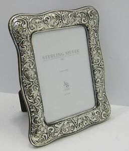 Fine Italian 925 Sterling Silver Hand Embossed Leaf Swirl 5 X 7 Picture Frame