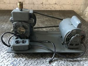 Welch Duo seal Vacuum Pump Rotary Vane Laboratory Industrial D