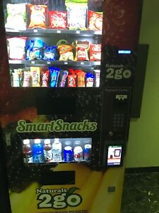 Seaga N2g400 Combo Vending Machine With Credit Card Reader And Touchscreen