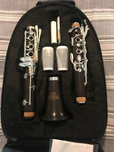 Roy Benson RBCB 417 CB 417 Professional Clarinet w backpack Brand New