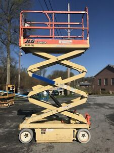 2004 Jlg 2032es 20 Electric Scissor Man Lift