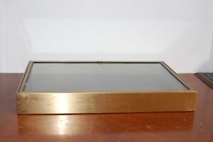 Tabletop Booth Display Cases Non mag Stainless Steel 23 x35 x4 25 Lock