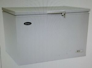 Atosa 16 Ct Ft Mwf9016 Solid Top Chest Freezer