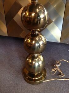 Vintage Mid Century Modern Stiffel Hollywood Regency Brass Ball Lamp