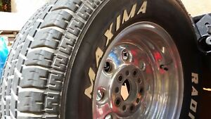 Pair Of 15 X 8 Wheels 4 1 2 4 3 4 Bolt Patterns With Lug Nuts And Center Caps