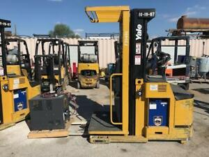 2007 Yale Order Picker Fork Lift 3 000lb Capacity 24v Charger