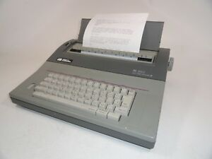 Smith Corona Sl 580 Electric Typewriter Right Dictionary W Test Page
