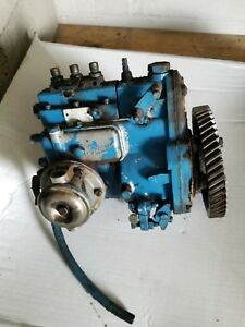 Pre owned Simms Injector Pump For Ford 3000 Diesel