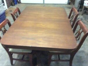 Duncan Phyfe Dinning Room Table 4 Chairs Mahogany Wood