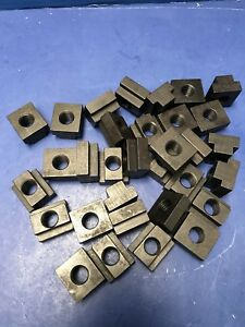 Carr lane Cl 10 tn T Nut Lot Of 32 New