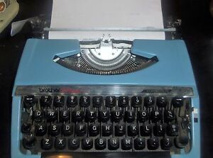 Vintage Brother Charger 11 Portable Typewriter Blue W Case Vgc Works Well
