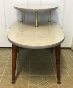 1960s Danish Modern Mid Century Modern 2 Tiered Formica Side End Table Nice