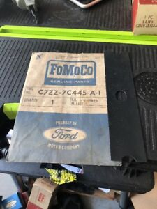 Nos 1967 Ford Mustang C7zz 7c445 a Console Shift Side Seal Automatic