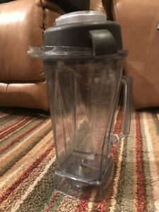 Vitamix 64 Oz Wet Blender Jar container with Lid