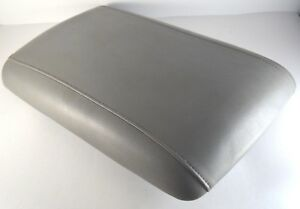 2003 2006 Ford Expedition Armrest Lid Cover Center Console Gray 11 5 X 18