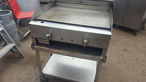 30in Flat Griddle Grill With Manual Thermostat On Stand
