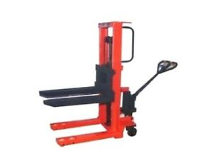 Hydraulic Straddle Stacker Pallet Lifter Lifts From 3 Lower Up To 118 High