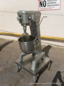 Hobart D 300 Bakery Donut Dough Mixer 30 Qt W Bowl Whip 115 Volts